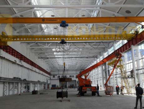 Кран-балка электрическая опорная г/п 5 тонн пролет 10,5 метров