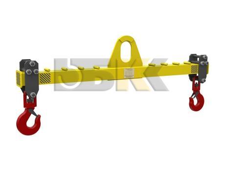 Линейная траверса с подъемом за центр с переставными обоймами